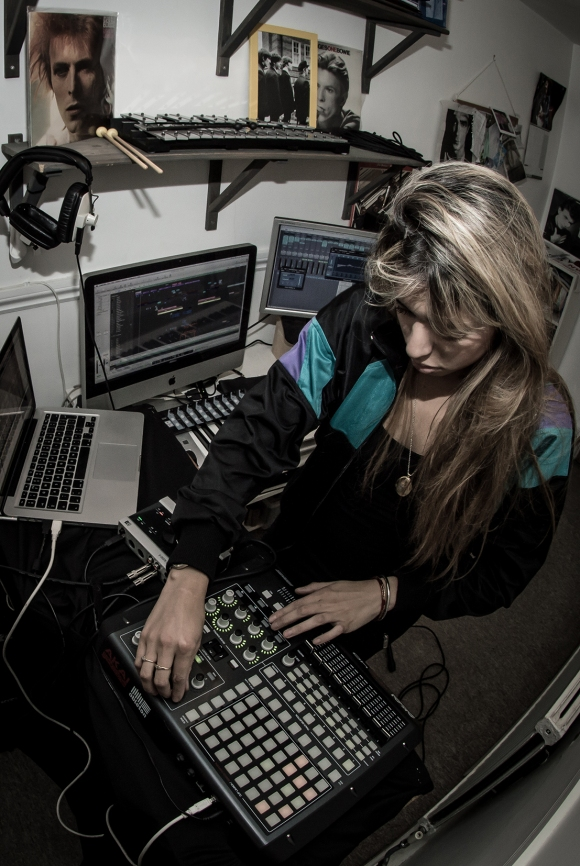 Kayla - Studio